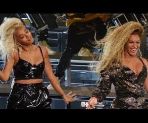 b, beyoncé, and beyoncegiselleknowles image