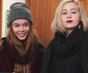 gif, skam, and josefine frida pettersen image