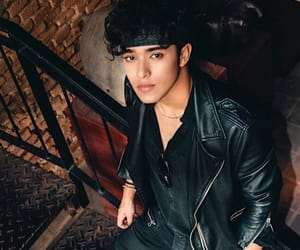 boy, hadsome, and cnco image
