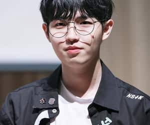 jaehwan, wanna one, and kim jaehwan image