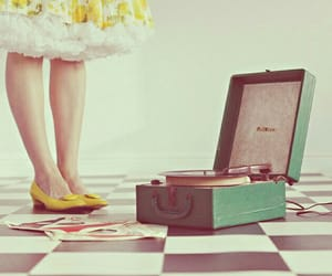 record player, vintage, and pastel image