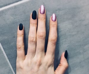 nails, pretty, and check it out image