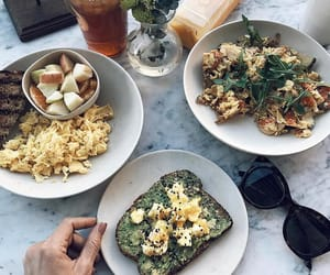 food, tumblr, and yummy image