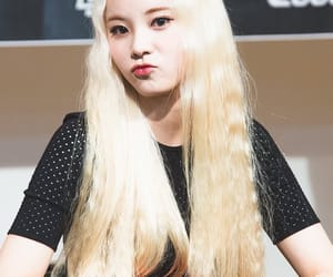 looΠΔ, jung jinsoul, and jinsoul image