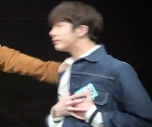 meme and hyungwon image