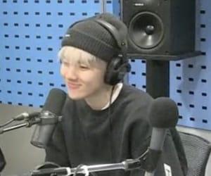 exo, kpop, and bbh image