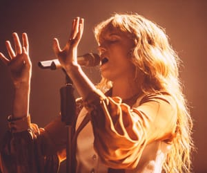 florence welch and music image