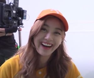 aesthetic, low quality, and jihyo image
