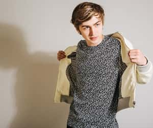 miles heizer, parenthood, and thirteen reasons why image