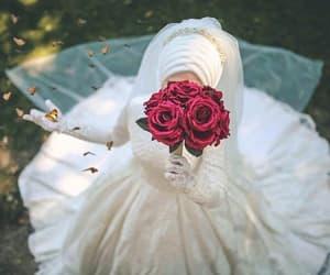 bride and حجاب image