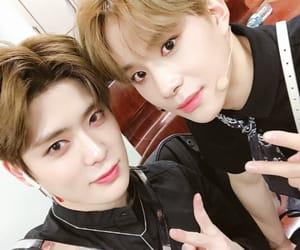 idols, kpop, and jungwoo image