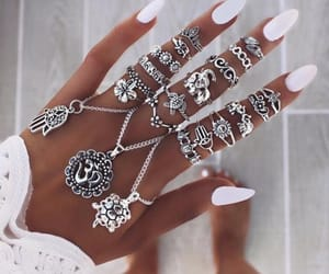 aesthetic, hands, and jewellery image