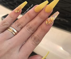 nails, yellow, and glitter image