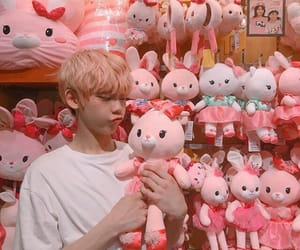 ulzzang, aesthetic, and pink image