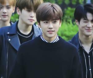boy, taeyong, and idol image