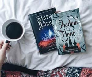book, read, and shadow and bone image