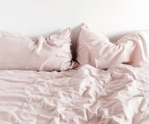 pink and bed image
