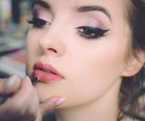 bride, bridal makeup, and 2018 bridal makeup trends image