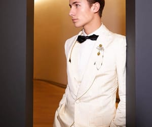 Dolce and Gabanna, juanpa zurita, and méxico image