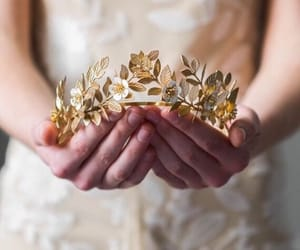 aesthetic, gold, and crown image
