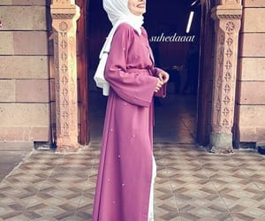 fashion, abaya, and hijab image