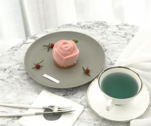 cake, korean, and yummy image