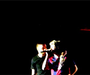 gif, 1d, and niall horan image