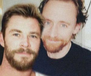 tom hiddleston, hiddlesworth, and chris hemsworth image