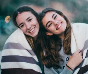 best friends, bffs, and brunette image