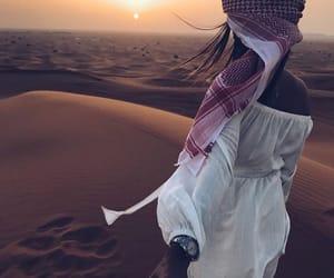 couple, Dubai, and désert image