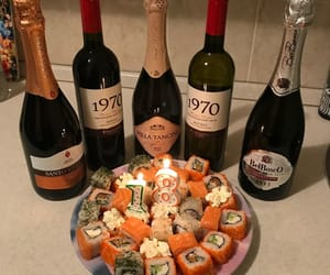food, vine, and sushii image