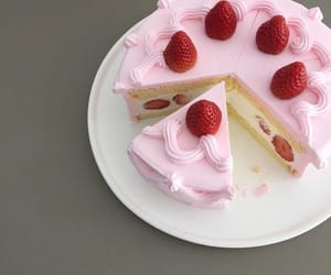 cake, pink, and yummy image