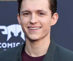 Avengers, tom holland, and Marvel image