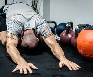 article, abs workout, and kettlebell image