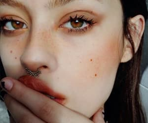 beautiful, green eyes, and piercing image
