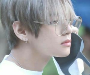 aesthetic, taehyung, and soft image