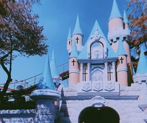 amusementpark, bff, and themepark image