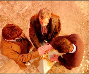 david tennant, doctor who, and tardis image
