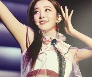 beauty, korea, and irene image