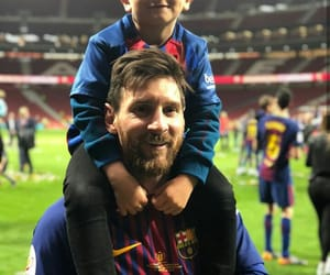 family, messi, and Barca image