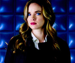 danielle panabaker, gif, and the flash image