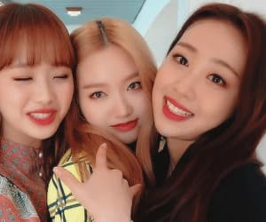 gif, yves, and loona image