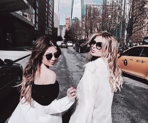 girl, friendship, and city image
