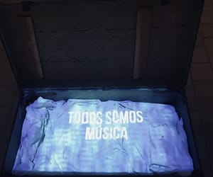 amor, de, and music image