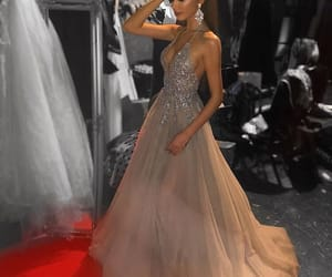 beauty, classy, and fashionable image
