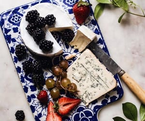 beautiful, berry, and breakfast image
