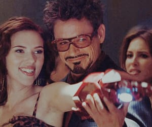 robert downey jr and Scarlett Johansson image