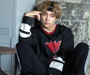bts, taehyung, and kpop image