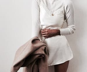article, blog, and fashion trends image