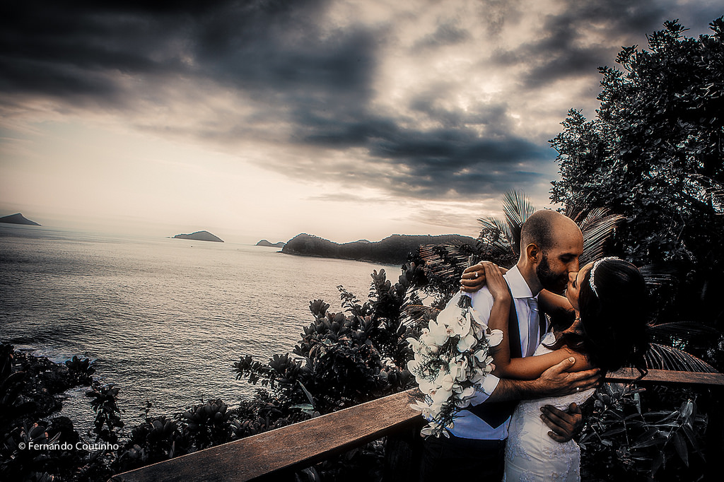 article and wedding photography image